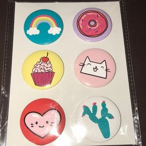 Jewelry - Nwt set of six button pins
